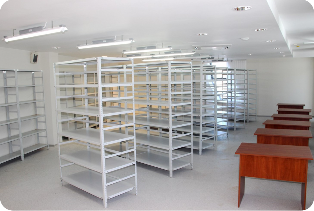 Shelves / racks for documents